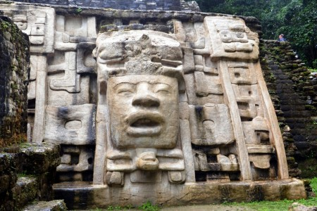 Belize, Mask temple 4