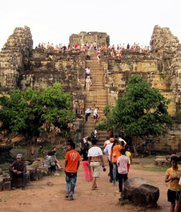 Cambodia Phnom Bakheng Sunset  8