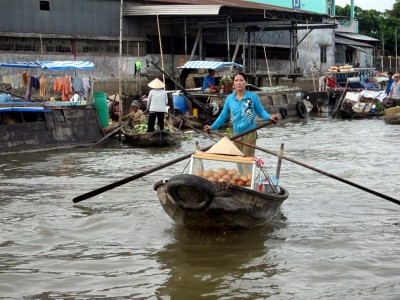 Vietnam Floating Market 8