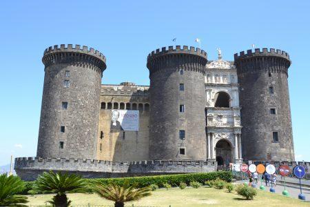Castello Nuovo 2