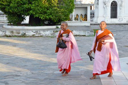 Kuthodaw Pagoda-20