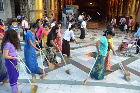 Shwedagon Pagoda 55