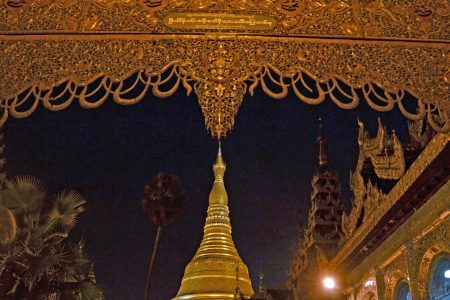 Shwedagon Pagoda at night 13-2