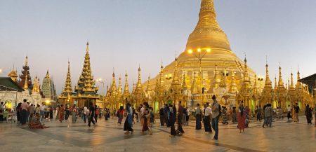 Shwedagon Pagoda panorama 1-1